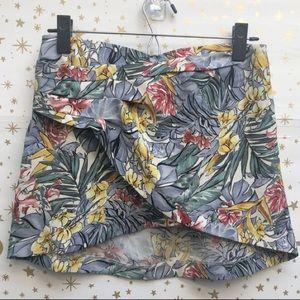 Zara Trafaluc Collection Floral Mini Skirt Size M